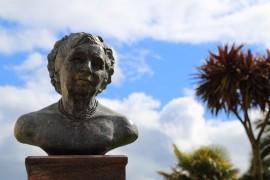 Agatha Christie Büste in Torquay, www.anitaaufreisen.at
