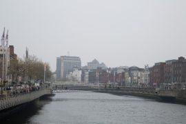 Dublin Brücke Liffey, literarisches Dublin, Irland, Foto Anita Arneitz, Reiseblog www.anitaaufreisen.at