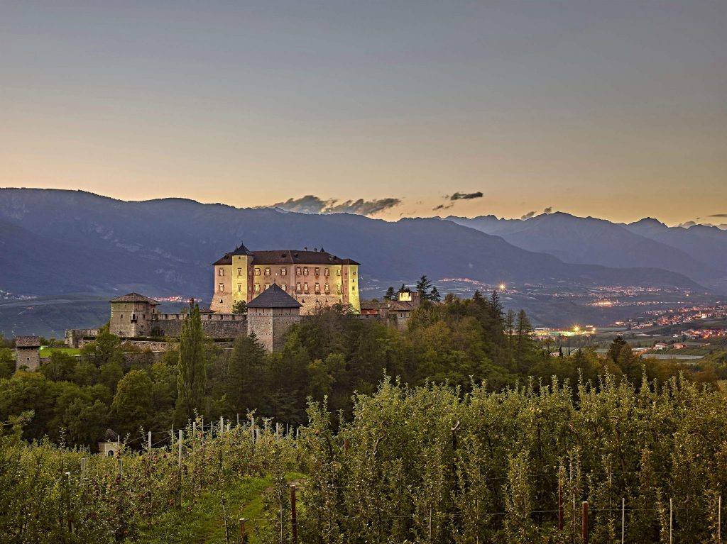 Trenino,Trentino Marketing_Carlo Baroni, Valle di Non, Castel Thun