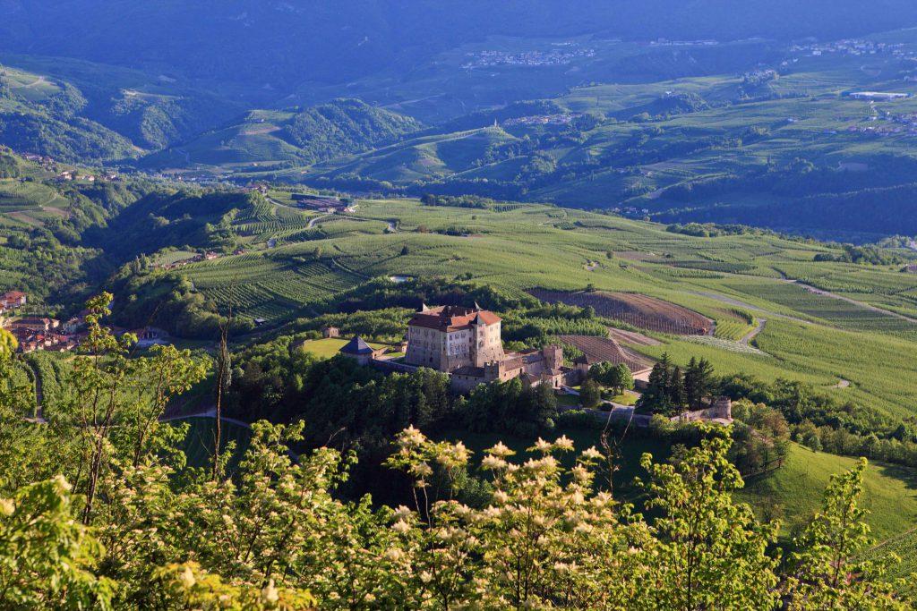 Trenino, Trentino Marketing_Pio Geminiani_Val di Non_Castel Thun