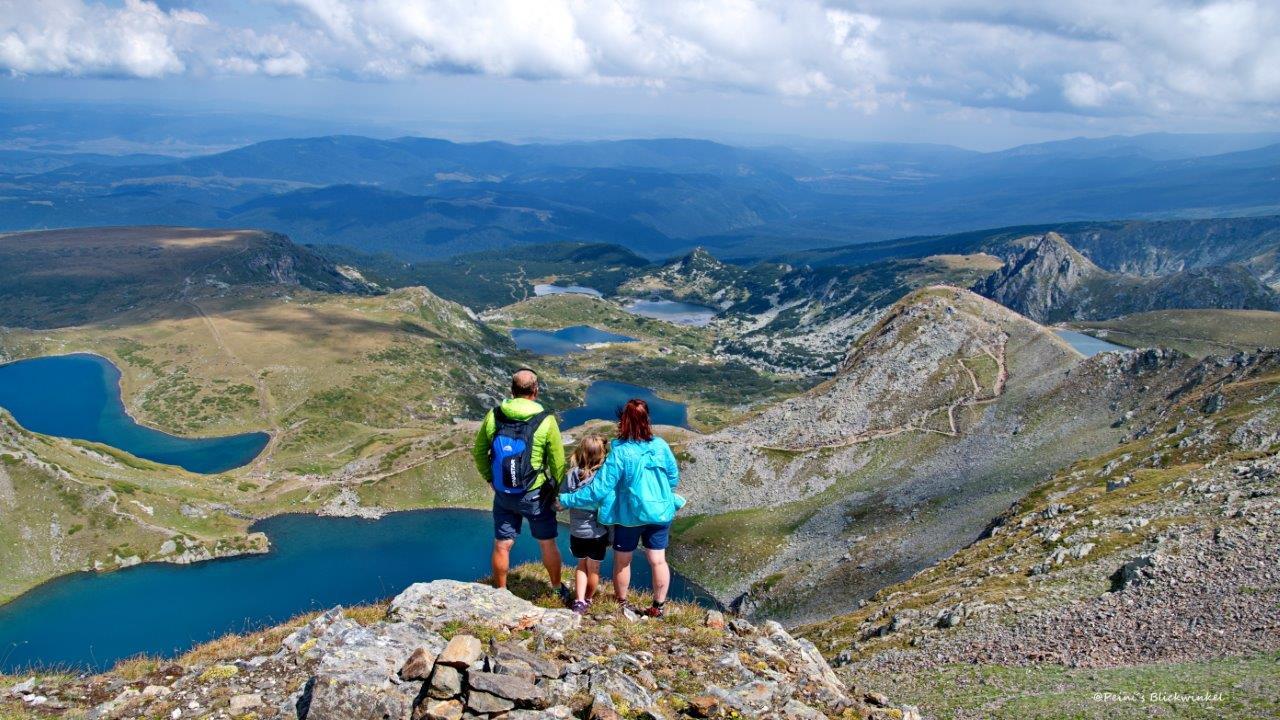 Simone Peinhardt mit ihrer Familie in Bulgarien - Wanderung 7-Rila-Seen