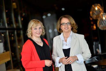 Alpen-Adria-Knigge, Anita Arneitz und Maria Th. Radinger, Foto Helge Bauer