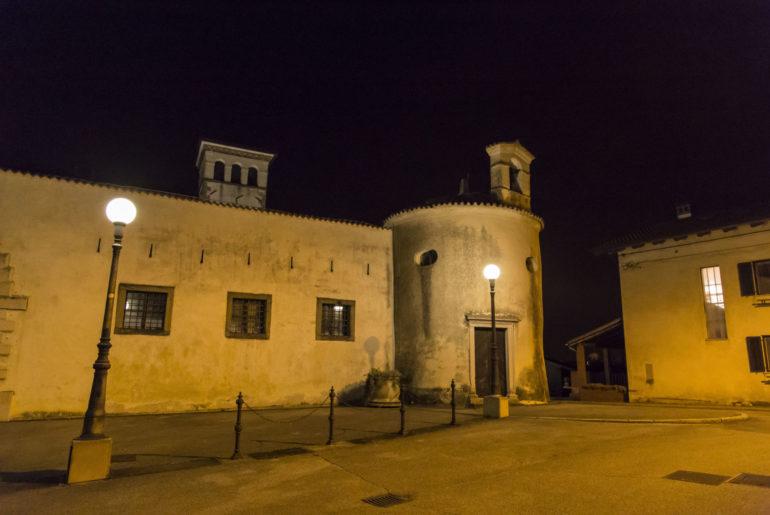 Schloss Dobrovo