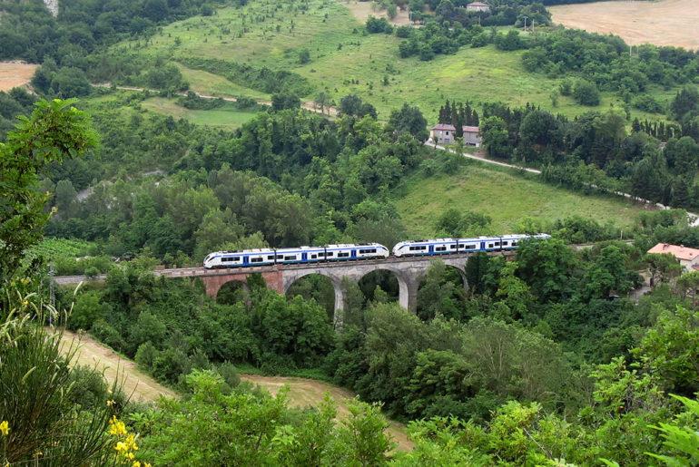 Zug in der Emilia Romagna